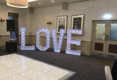 Love Sign 5Ft